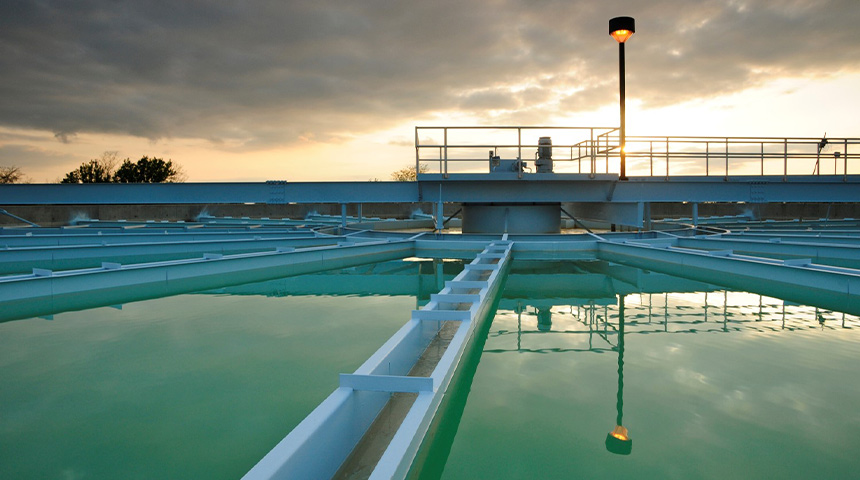 Water clarifier with sunset